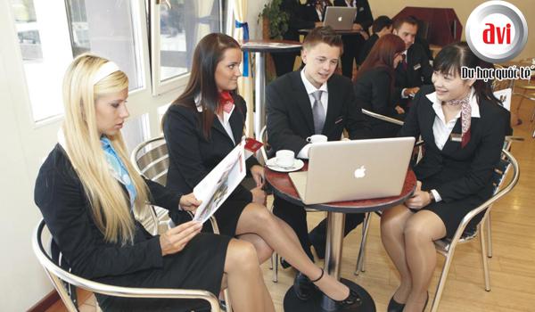 Kinh nghiệm chọn trường khi theo học ngành quản lý khách sạn tại Thụy Sĩ
