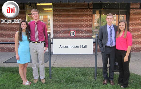 Assumption Hall là khu ký túc xá đầu tiên hoạt động tại Duquesne University