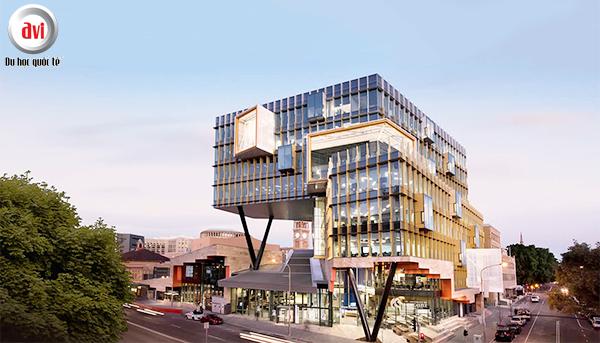 Newcastle nằm trong top 10 đại học công lập lớn nhất nước Úc