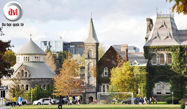Đại học Toronto, Canada