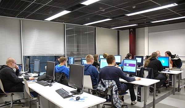 Sinh viên Đại học Turku, Phần Lan