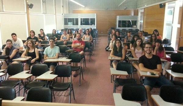 sinh viên trường autonomous barcelona