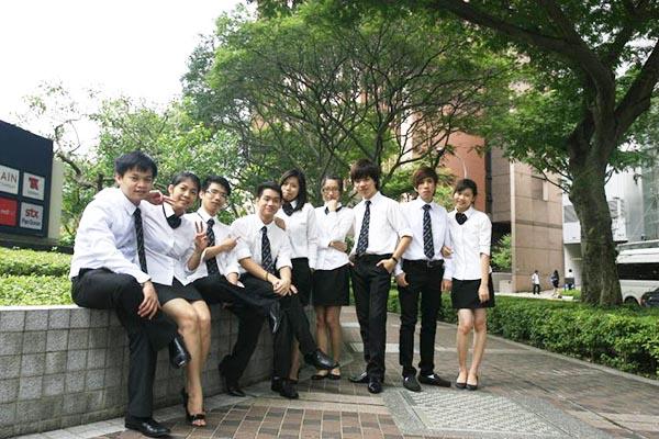 du học sinh tại học viện quản lý Nanyang (NIM)