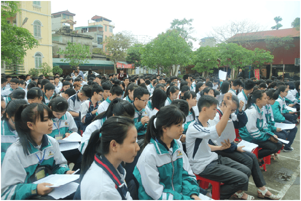 học sinh trường THPT Nguyễn Khuyến