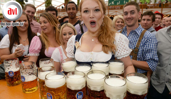 lễ hội bia Oktoberfest