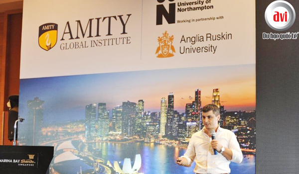 Chương trình liên kết Northampton - Amity
