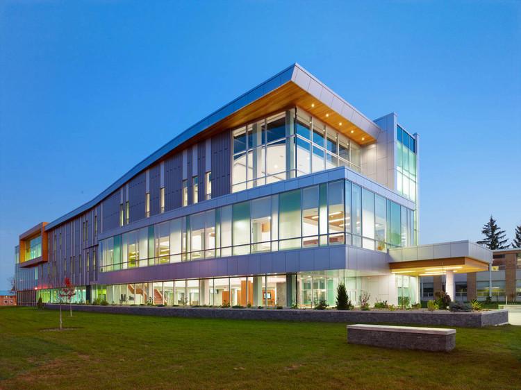 Trường Sault College