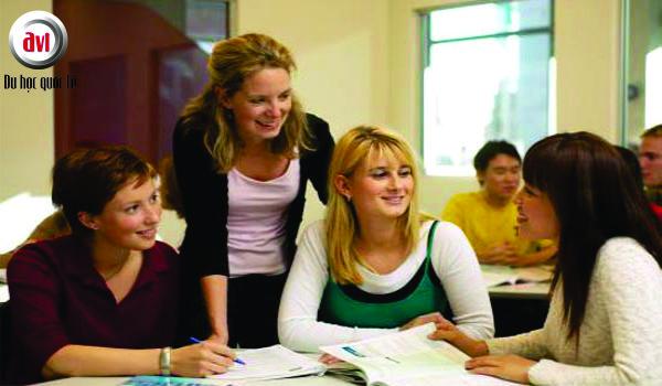 sinh viên trường anh ngữ