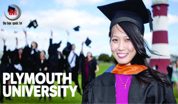 sinh viên trường đại học Plymouth