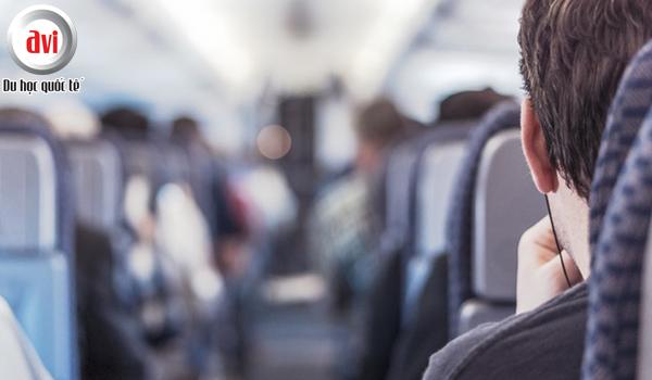 Springfield College hỗ trợ tới 1 500 USD phí máy bay cho học sinh về thăm nhà trong kì nghỉ