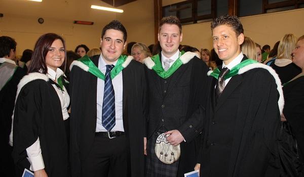 sinh viên đại học Stirling