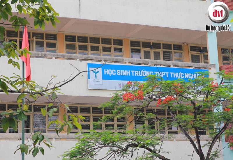 Trường THPT Thực Nghiệm