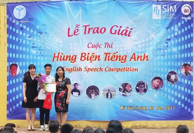 Giải nhất cuộc thi Hùng Biện Tiếng Anh