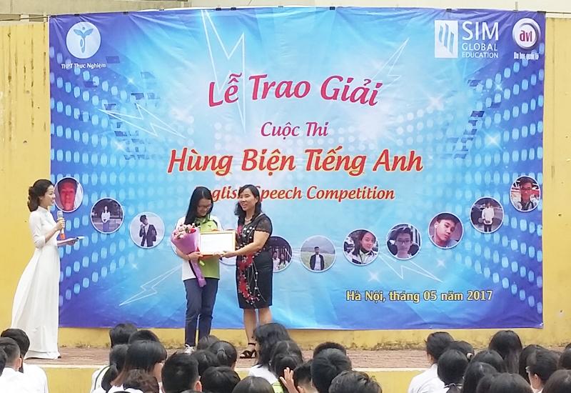 Giải nhì cuộc thi Hùng Biện Tiếng Anh