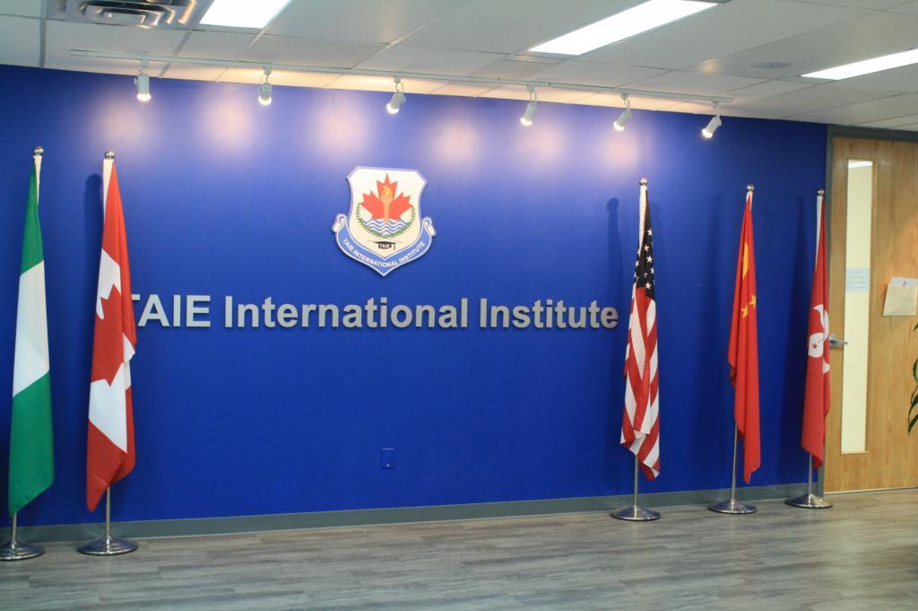 Học viên quốc tế TAIE