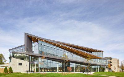 Học bổng lên tới 24,000 CAD tại đại học Trent University, Canada