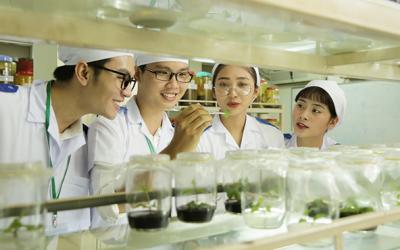 Du học Singapore ngành công nghệ sinh học